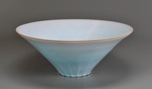 岡田泰「淡青釉鉢」高さ20cm、径50.5cm