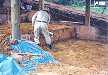 ③ 窯床を保護するため、土でおおう